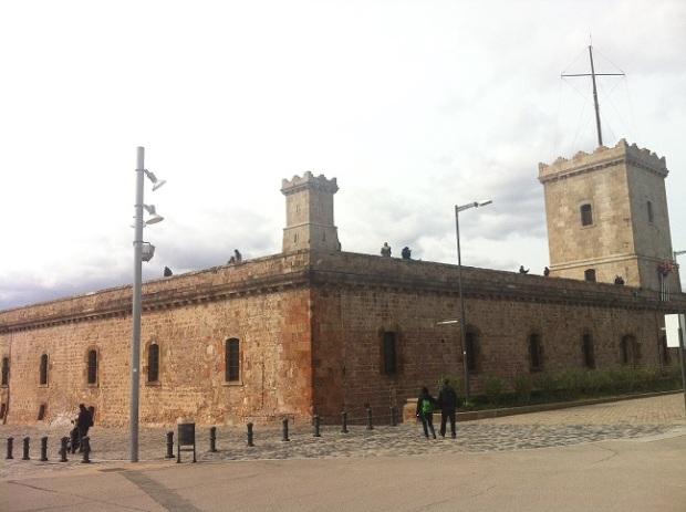 castillo Montjuic1