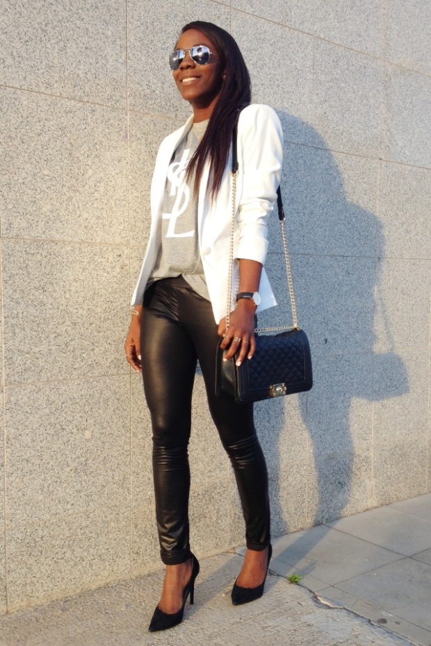 grey tee YSL_White blazer_Mariapascual_urbanjungle_adribohocloset10