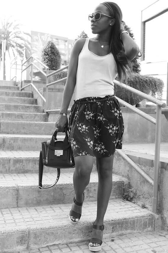 falda flores MANGO_Tippishop_adribohocloset