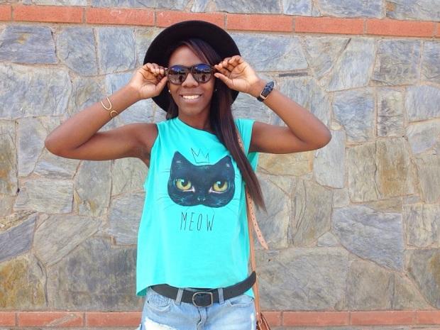 redtee_camisetaverde_cat_paramitahappybcnstyle_adribohocloset6