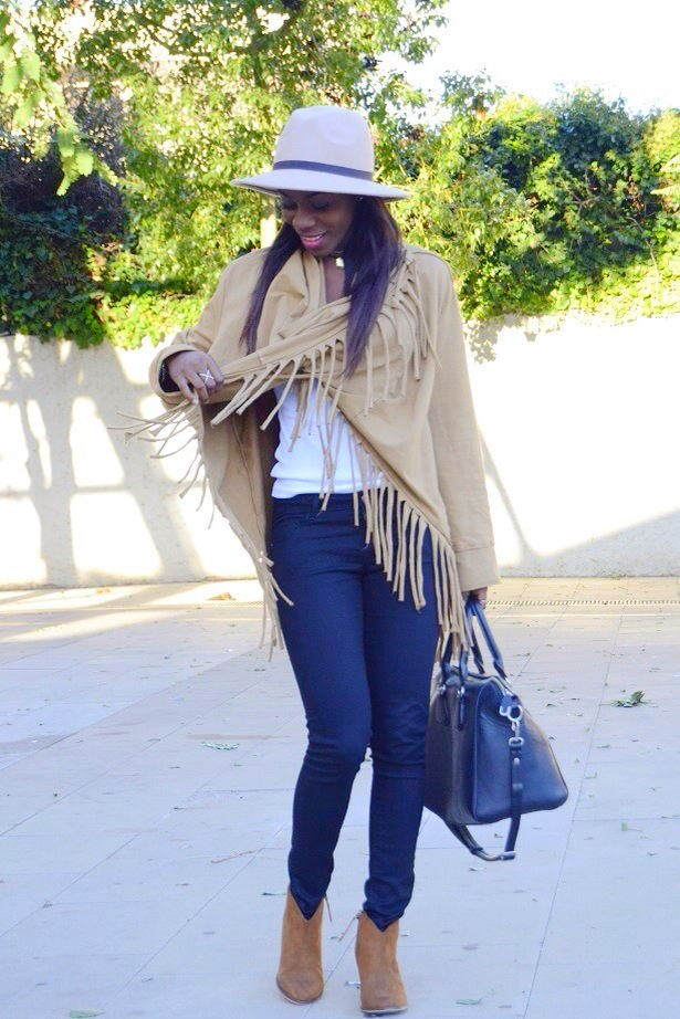 fringes_fringedcoat_blogger_bohocloset7