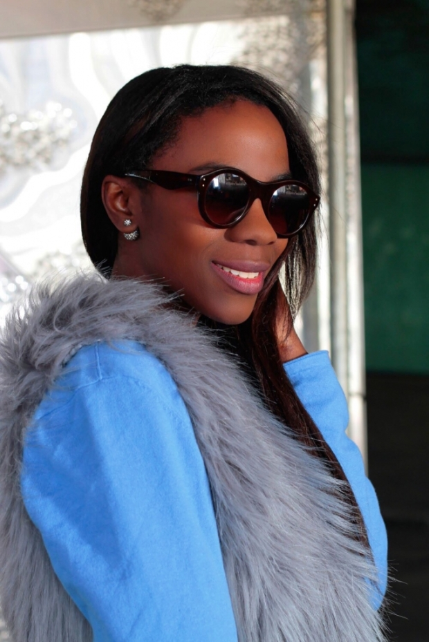 faux fur vest_blogger_adrianaboho_bohocloset7