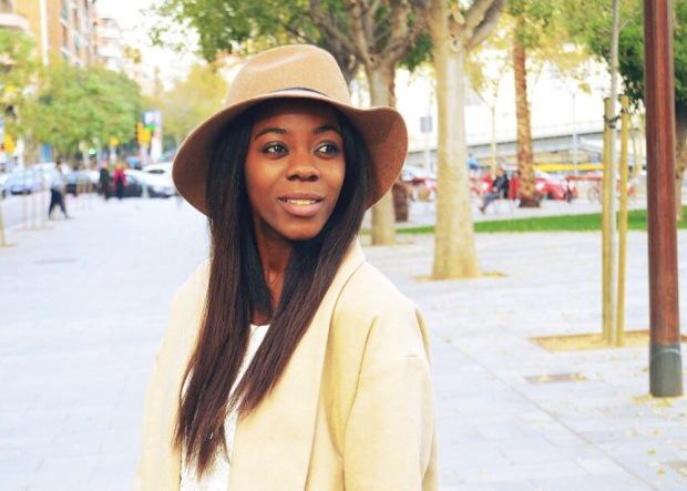 YERSE_camelcoat_blogger_bohocloset_adrianaBoho