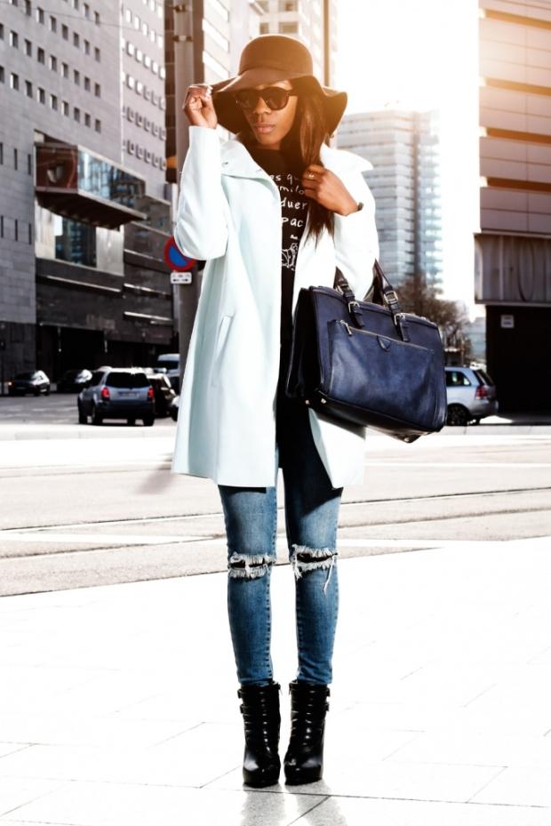 maxi baby bkue coat_blogger_adrianaboho_Abrigo azul_bohocloset11