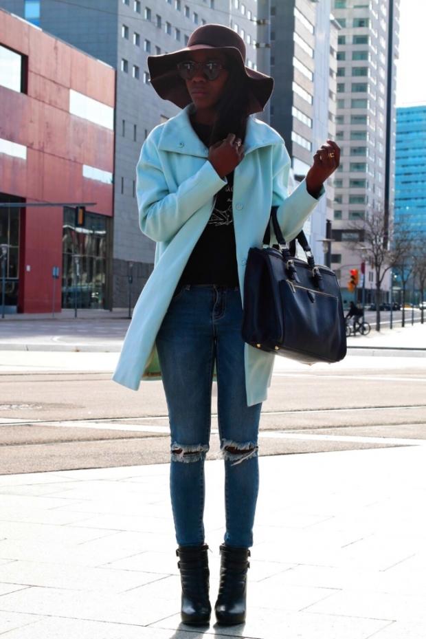 maxi baby bkue coat_blogger_adrianaboho_Abrigo azul_bohocloset9