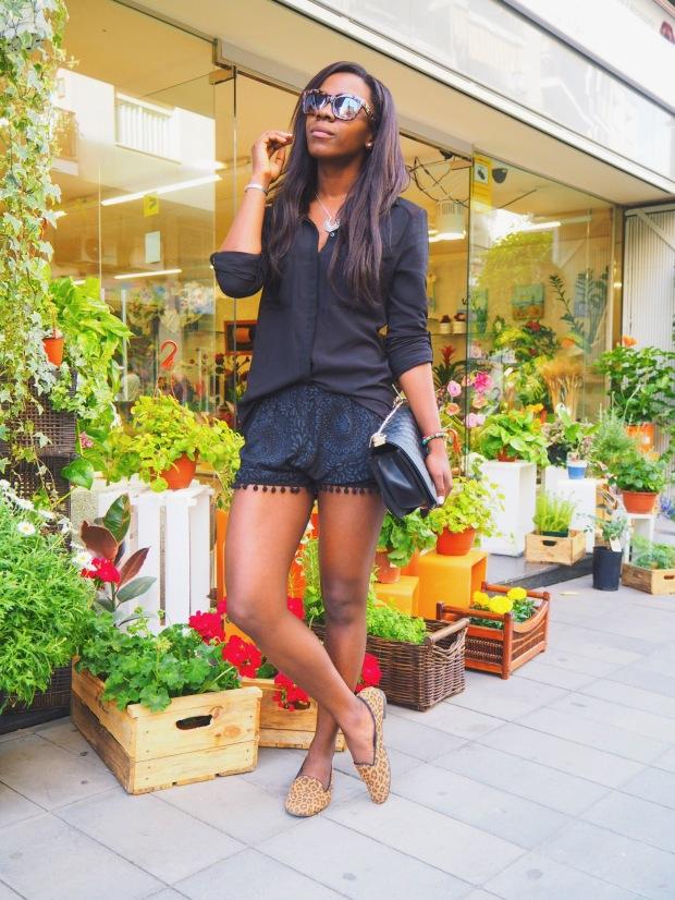shorts negros madroños1_blogger_Adrianaboho_blackshorts_bohoclosetblog_boho3