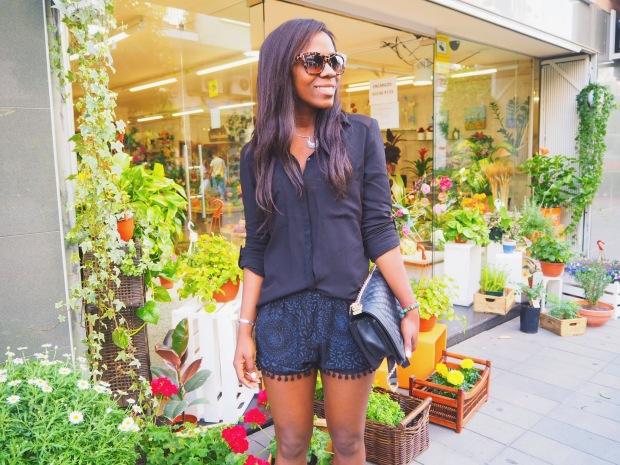 shorts negros madroños1_blogger_Adrianaboho_blackshorts_bohoclosetblog_boho8