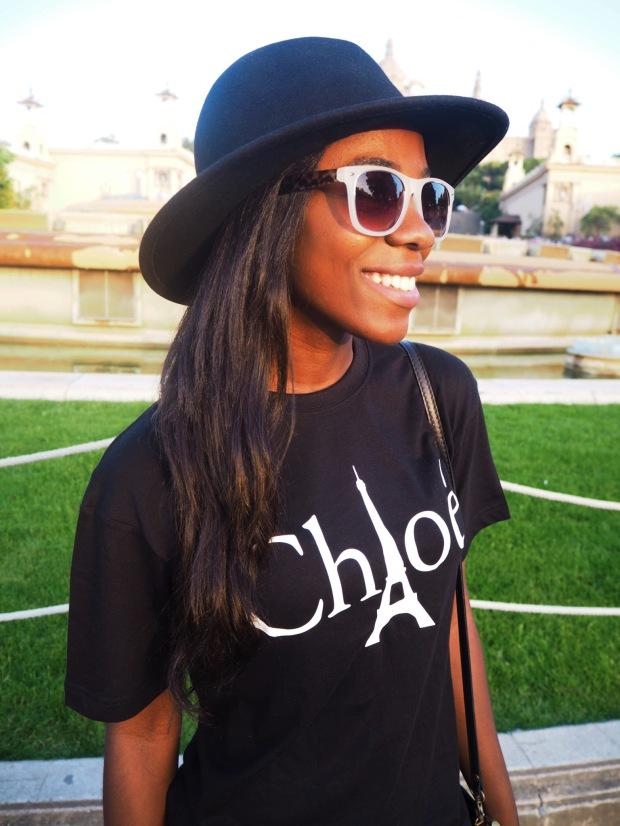 Chloe_blacktee_justfab_Barcelona_blogger_AdriBoho_Bohocloset