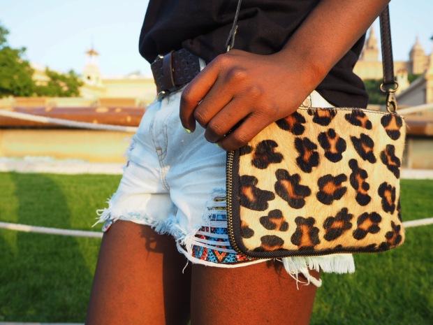 Chloe_blacktee_justfab_Barcelona_blogger_AdriBoho_Bohocloset11