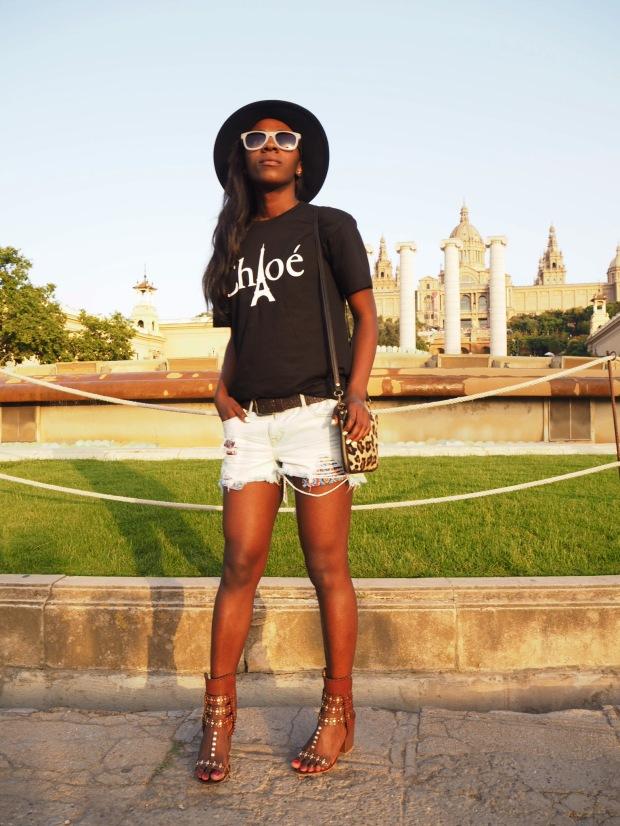 Chloe_blacktee_justfab_Barcelona_blogger_AdriBoho_Bohocloset6