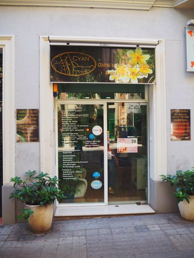 Diseño de cejas_centro estética Cyan_Barcelona_blogger_AdriBoho_Bohocloset4