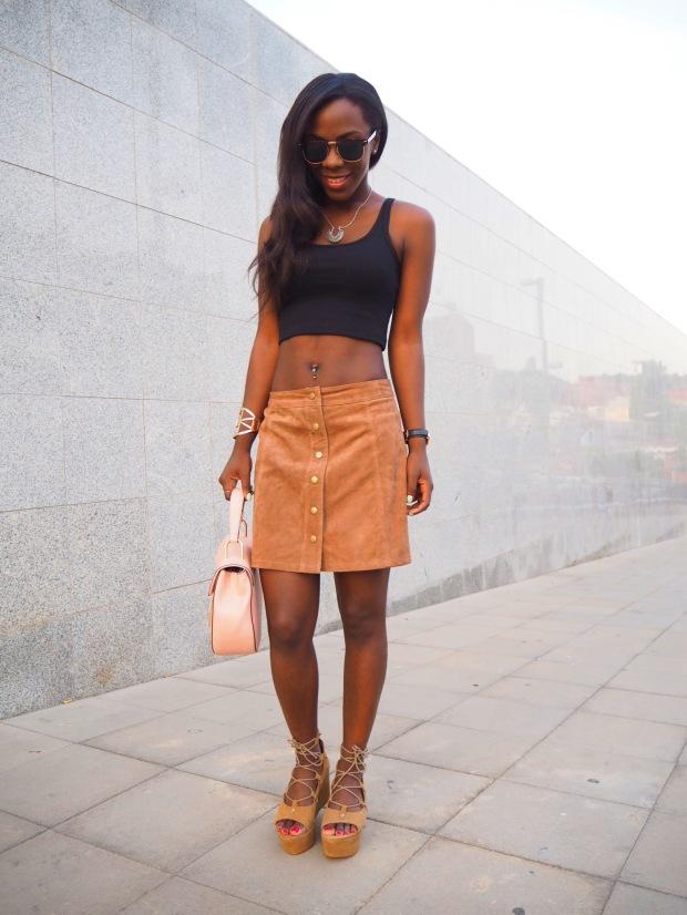 FASHIOLA_Blogger_Adriboho_MangoPlatform_camelplatform_leatherskirt10