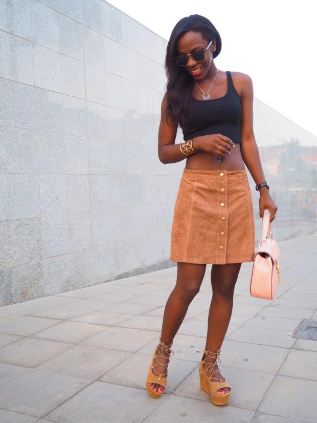 FASHIOLA_Blogger_Adriboho_MangoPlatform_camelplatform_leatherskirt12