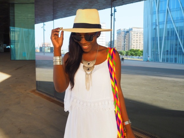 maxi white dress_blogger_maxivestidoblanco_adriboho_bohoclosetblog2