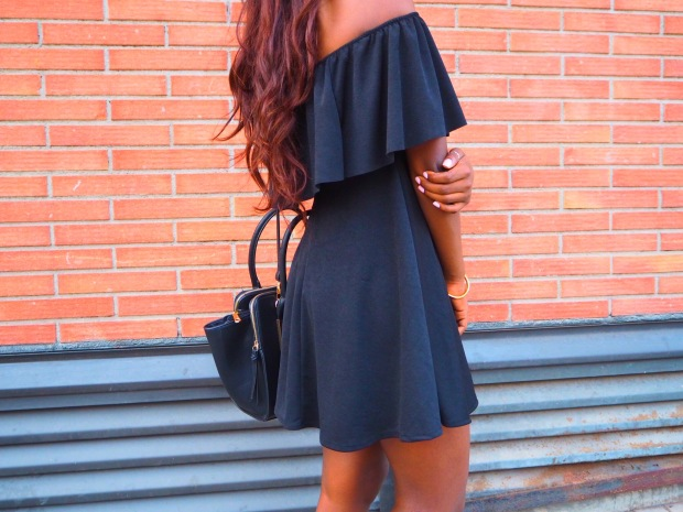 Black off shoulder dress_blogger_adriboho_bohoclosetblog11