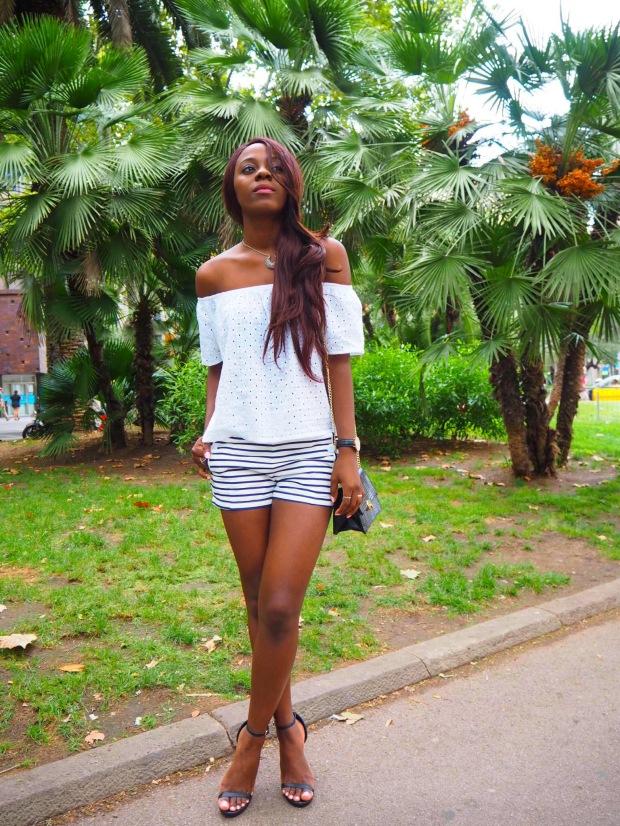 navyshorts_blogger_adriboho_bohoclosetblog6
