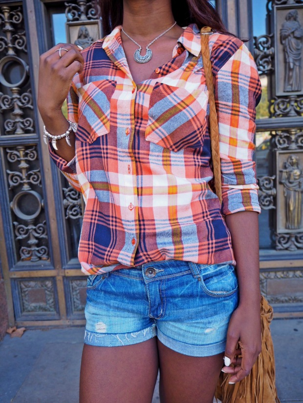 tartan_plaid_tartanshirt_plaidshirt_blogger_adriboho_bohoclosetblog