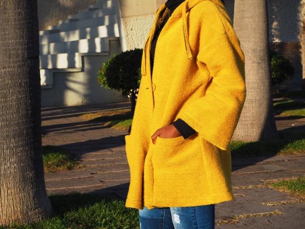 yellowcoat_abrigoamarillo_ootd_inspo_blogger_adriboho_bohoclosetblog_adidassuperstar10